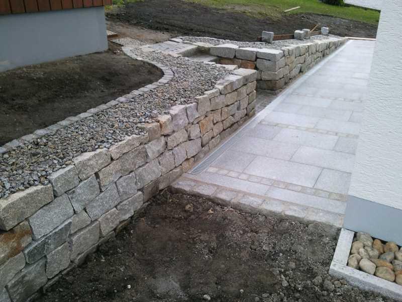 Granittrockenmauer